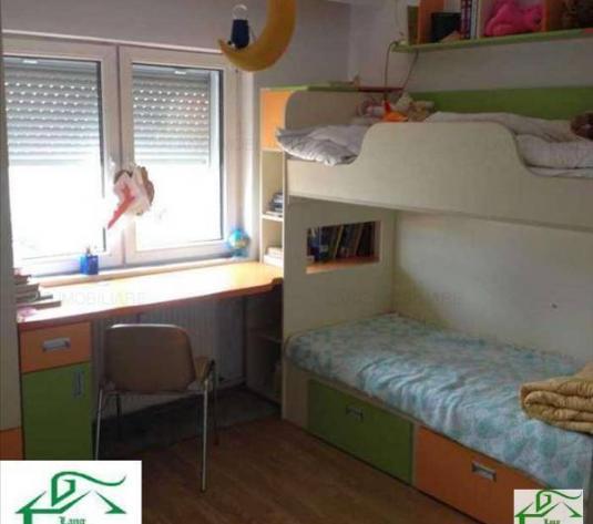 Apartament de vânzare în bloc de apartamente, Zona Confectii, Arad