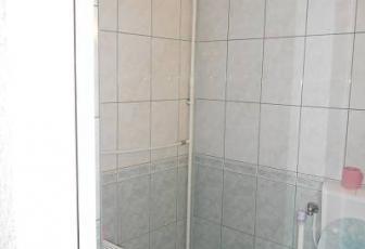 Apartament de vânzare în bloc de apartamente, Zona Alfa, Arad