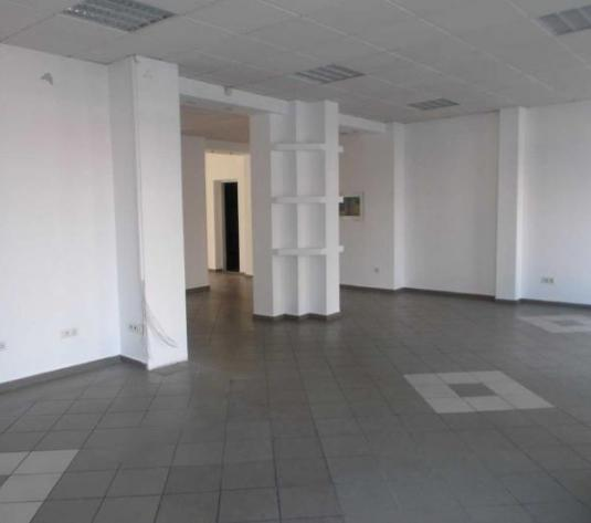 Inchiriere spatiu comercial 140mp in Targoviste-zona centrala. - imagine 1