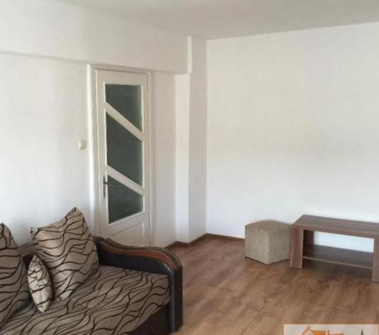 Apartament cu 2 camere de vanzare decomandat - imagine 1