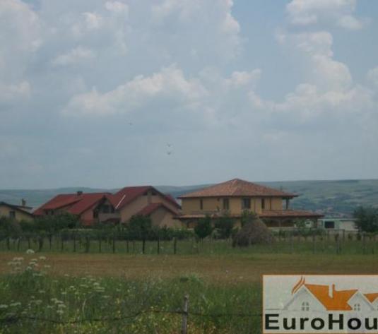 Teren de vanzare Alba Iulia intravilan zona Lalelelor - imagine 1