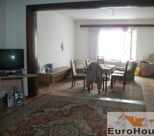 Casa de inchiriat in Alba Iulia -zona Centru - imagine 1
