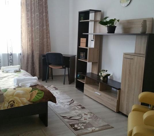 Casa cu 2 camere de inchiriat, Alba Iulia, Central, Pret 300 Euro - imagine 1