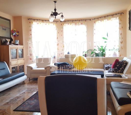 Casa 9 camere de vanzare in Andrei Muresanu, Cluj Napoca