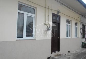 Casa de vanzare 3 camere  in Cluj Napoca -  Centru