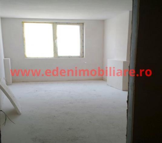 Apartament 3 camere de vanzare in Cluj, zona Iris, 60800 eur