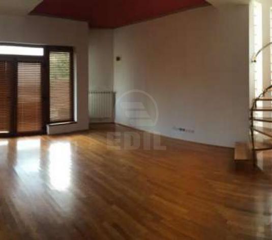 Case de închiriat 4 camere Cluj-Napoca, Andrei Muresanu