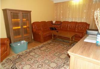 Apartament 3 camere, 2 bai, Tolstoi - imagine 1