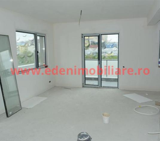Apartament 4 camere de vanzare in Cluj, zona Buna-Ziua, 142400 eur