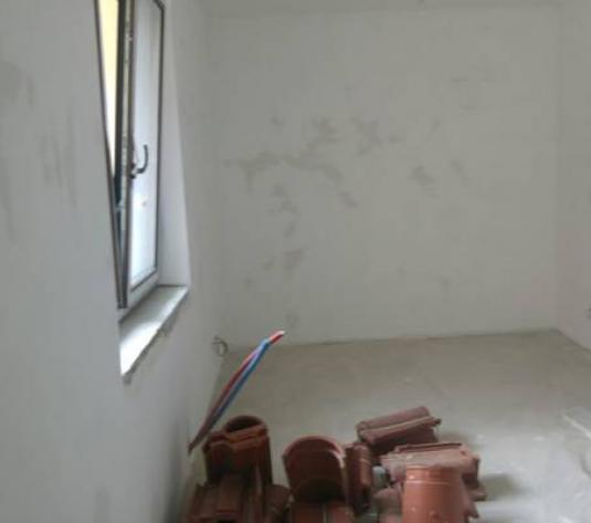 Casă / Vilă cu 5 camere de vânzare în zona Andrei Muresanu