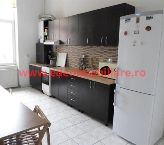 Apartament 2 camere de vanzare in Cluj, zona Semicentral, 110000 eur