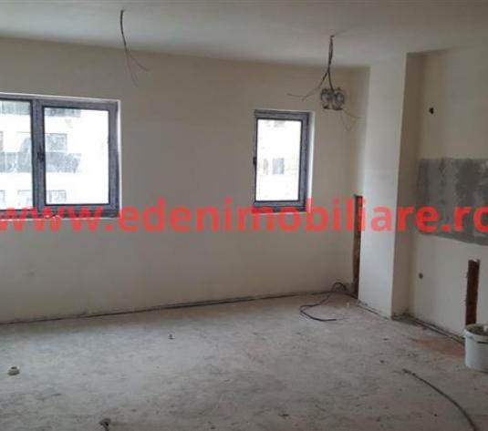 Apartament 3 camere de vanzare in Cluj, zona Intre Lacuri, 85000 eur