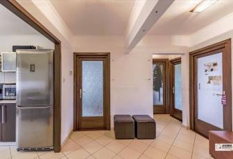 Apartament 3 camere, 64 mp, garaj, zona strazii Nicolae Titulescu