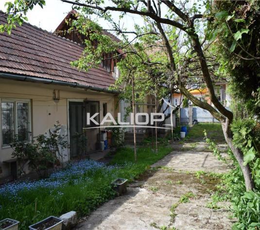 Casa 4 camere cu teren de 824 mp in Gheorgheni