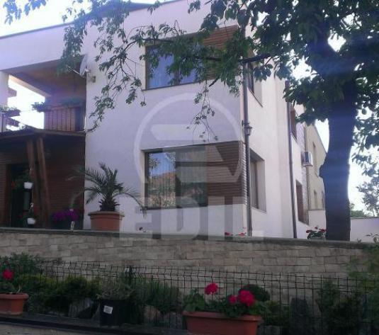 Case de vânzare 4 camere Cluj-Napoca, Andrei Muresanu