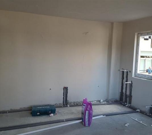 Apartament 3 camere de vanzare in Cluj, zona Iris, 76200 eur