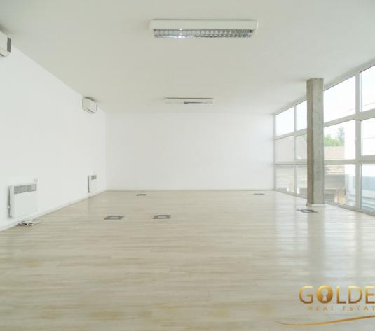 Inchiriez spatiu comercial, Central, amenajat modern, 84 mp (ID: 986)