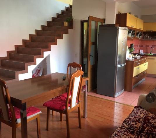 Casa cu 5 camere Gruia