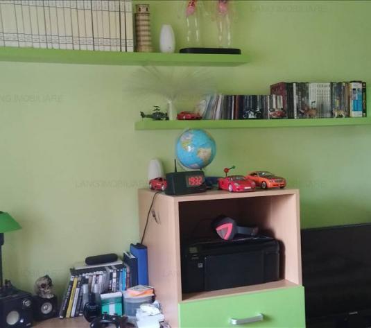 Apartament de vânzare în bloc de apartamente, Zona Intim, Arad
