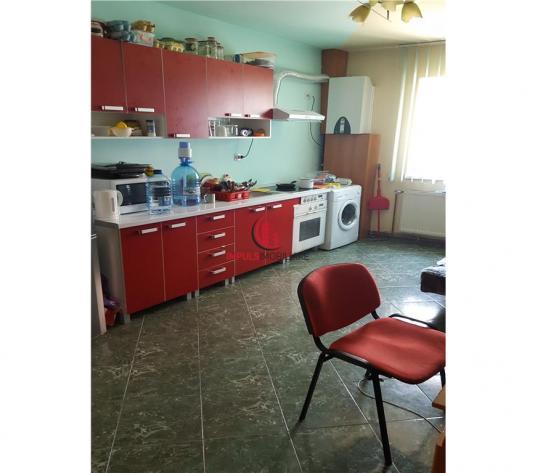 Apartament in vila, 2 camere decomandate, Marasti