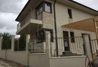 Case de vânzare 4 camere Cluj-Napoca, Baciu