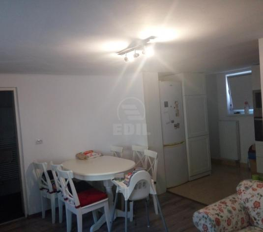 Case de vânzare 3 camere Cluj-Napoca, Manastur