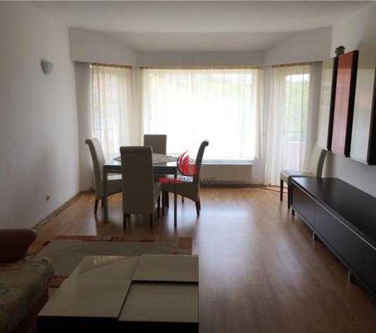 Apartament 3 camere zona linistita