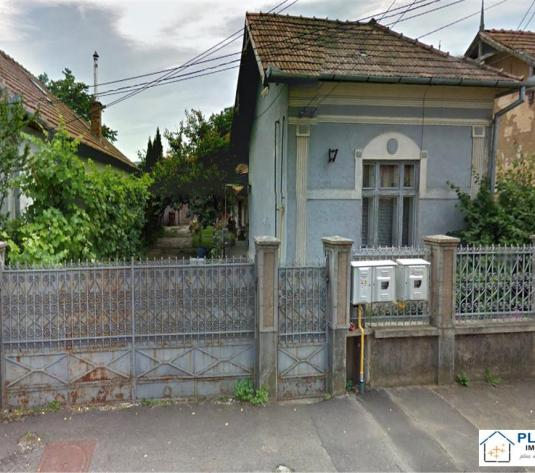 Casa renovabila sau demolabila cu teren 820, Gheorgheni zona case