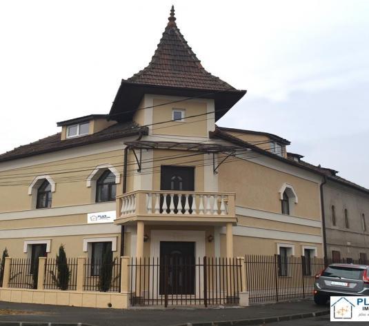 Vila renovata in zona Garii, 280 mp, 10 camere, pentru birouri