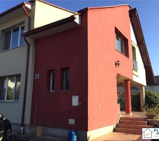 Casa pt. sediu firma, 400 mp util, 10 locuri de parcare, const. 2004