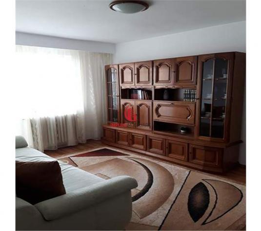 2 camere decomandate, Manastur