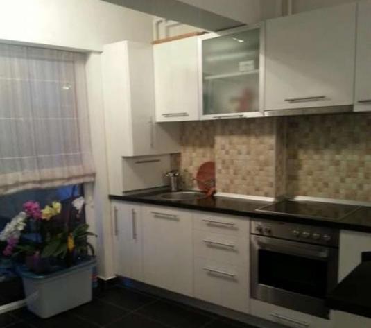 Apartament 2 camere de vanzare in Cluj, zona Apahida, 52000 eur