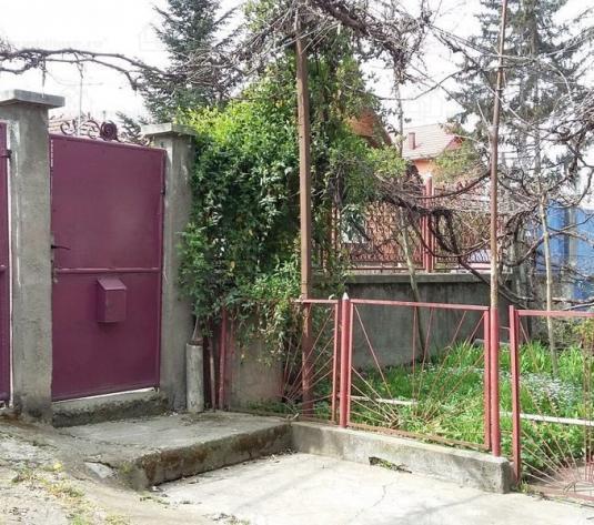 Casa cu 1453 mp teren, cartierul Iris