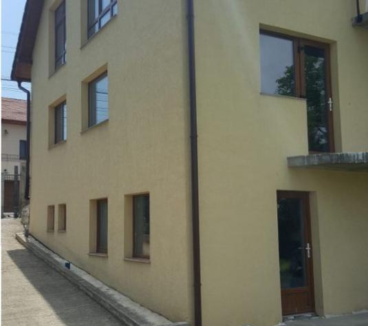 Casa 6 camere, cartierul Andrei Muresanu