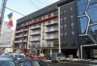Apartament 3 camere in centru
