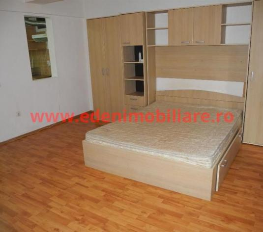 Apartament 1 camera de inchiriat in Cluj, zona Marasti, 310 eur