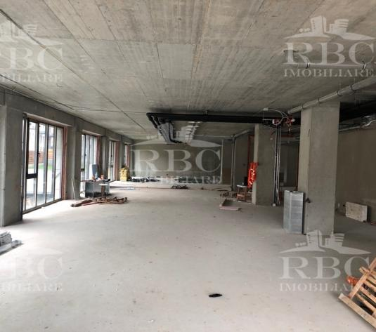 Spatiu comercial 140 mp in ansamblu rezidential Central - imagine 1