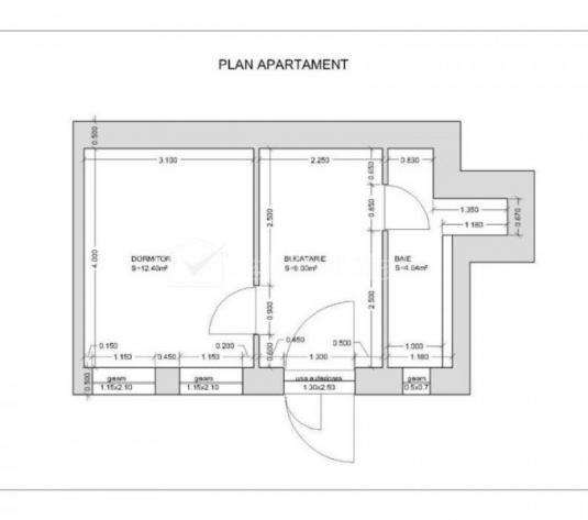 Apartament 1 camera, bucatarie, baie si acces curte interioara pe strada Horea