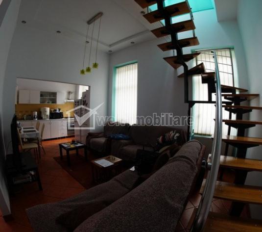 Apartament la casa, 4 camere, 49mp utili plus mansarda,zona Centrala!