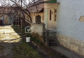 Vanzare casa 2 camere Gheorgheni teren 824 mp, front 12m