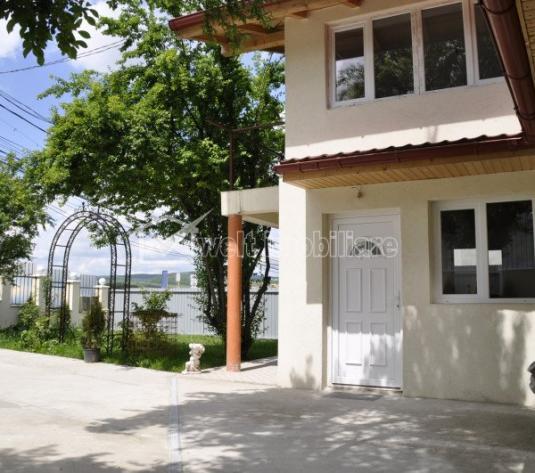 De vanzare casa individuala, 6 camere, 182mp utili, zona Taietura Turcului