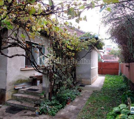 Vanzare casa veche Gheorgheni, teren 820 mp, zona linistita