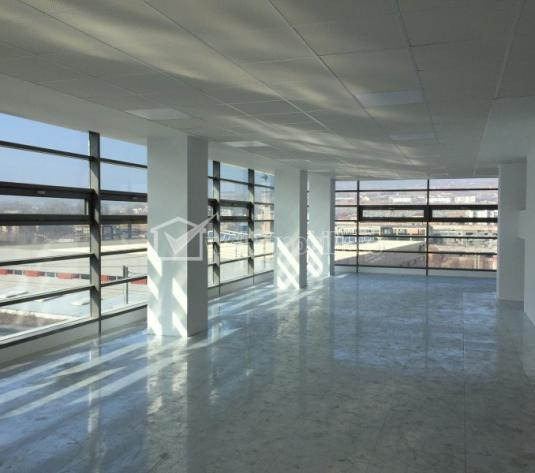 Inchiriere 2150mp birouri Clasa A  open space semicentral in Office Building