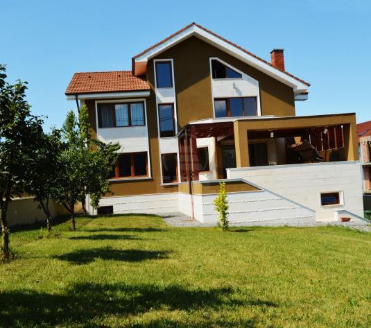 Case de vânzare 7 camere Cluj-Napoca, Europa