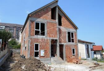 Casa de vanzare 5 camere  in Cluj Napoca - cartierul Manastur