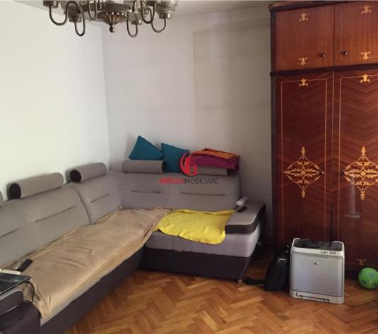 Nicolae Titulescu etaj intermediar 4 camere decomandate!