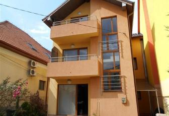 Casa 4 camere zona P-ta Cipariu
