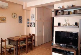 Apartament cu 3 camere  în zona Oasului