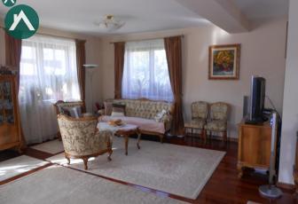 Casa noua, 6 camere, 3bai, garaj, mobilata elegant, Floresti