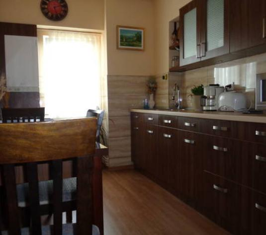 Apartament 3 camere Aurel Vlaicu.